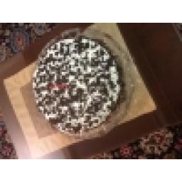 کیک تر با لایه لذیذ از گانا