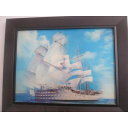 تابلو سه بعدی کشتی در اقیانوس
