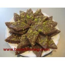 حلوای خانگی تهیه شده از گردو وشیره انجیر و برنج