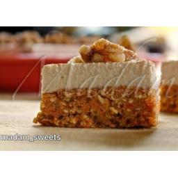 کیک خوشمزه هویج با گردو و عطر فوقوالعاده دارچین