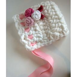 کلاه نوزادی دخترانه قلاب بافی