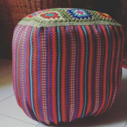مبل سنتی قلاب بافی شده