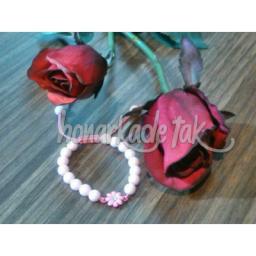 دستبند بافت با جینگیلی خوشگل رنگ ثابت