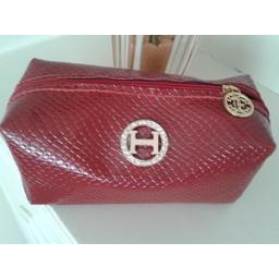 کیف آرایش زنانه از چرم مصنوعی