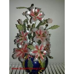 گل کریستال لیلیوم