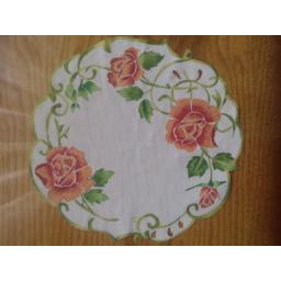 نقاشی روی رومیزی
