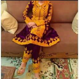 لباس بسیار زیبا واسلامی بلوچی