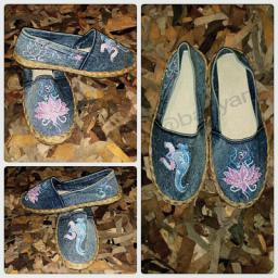 کفش نقاشی. طرح اوم و گانشا