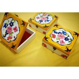 جعبه چوبی نقاشی شده با اکرلیک