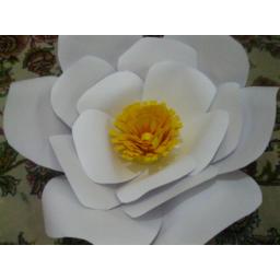 گل های کاغذی مناسب جشن ها