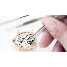 تعمیر انواع ساعتهای قدیمی مچی و دیواری با ضمانت
