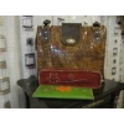 ساخت انواع کیف؛کمربند؛لوازمات چرمی وتزیینی دستدوز